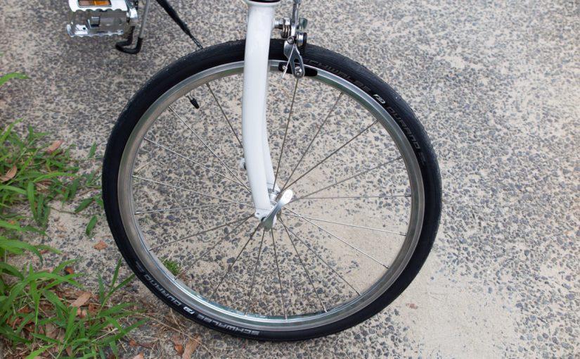DAHON Dash Altenaのタイヤをシュワルベデュラノに交換